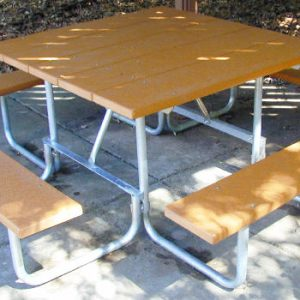 Camelback Series Recycled Plastic Table