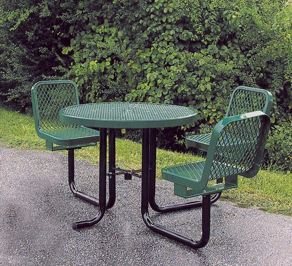 36in. Round Table with Chairs
