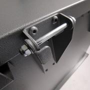 bruin storage container hinge