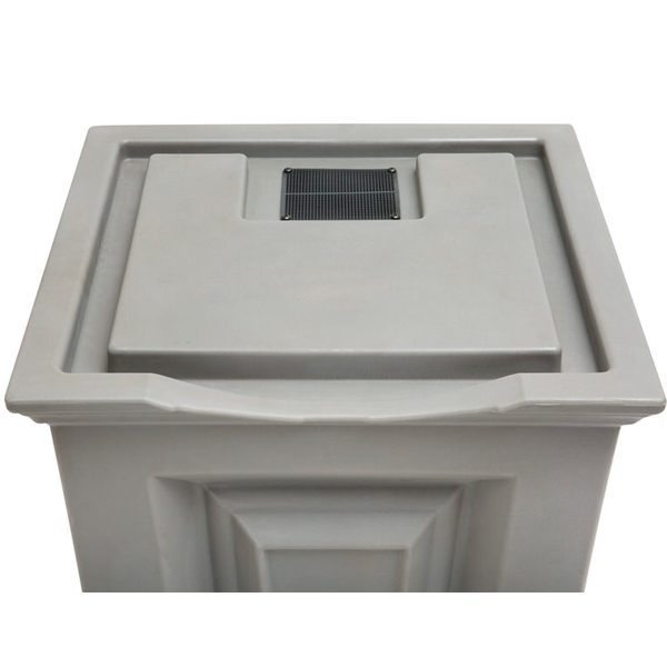 Savannah Flat Top Rain Barrel top front