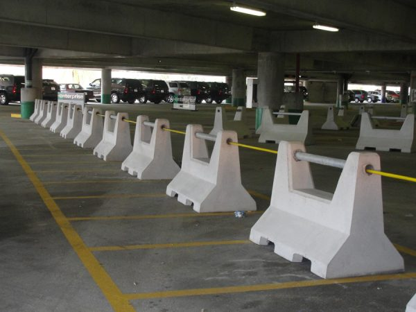 """Linkable 48"""" Concrete Security/Traffic Barrier"""