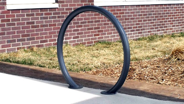p-50806-horseshoebikerack_2.jpg